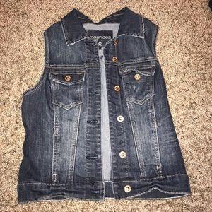 women's short sleeve jean jacket
